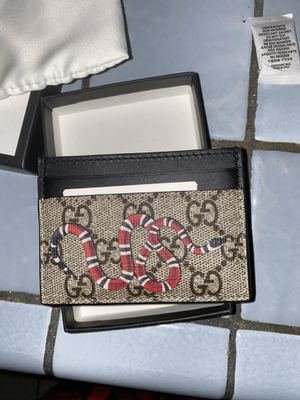 GUCCI CARD HOLDER for Sale in Chino, CA