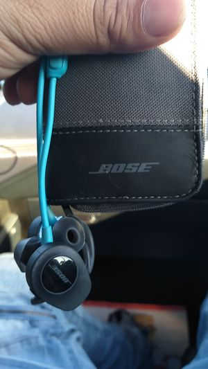 Bose headphones for Sale in Richmond, CA