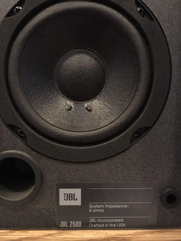 JBL 2500 vintage 2-way bookshelf speakers! for Sale in Arcadia, CA - OfferUp