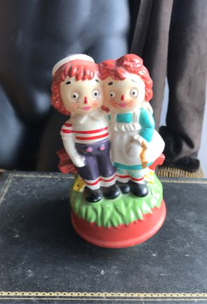 "Vintage Raggedy Ann &Andy 9"" music box for Sale in Shawnee, KS"
