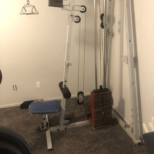 Lat Pulldown Machine And Bench Press for Sale in Henderson, NV