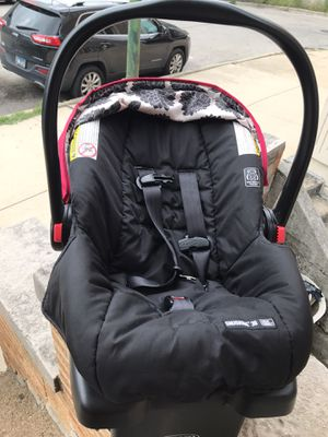 Graco Baby Car Seat for Sale in Chicago, IL