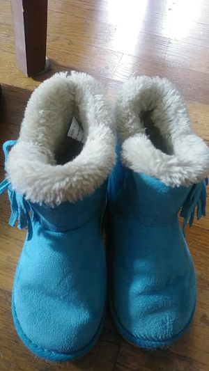 Size 8 toddler girl boots for Sale in Salem, VA