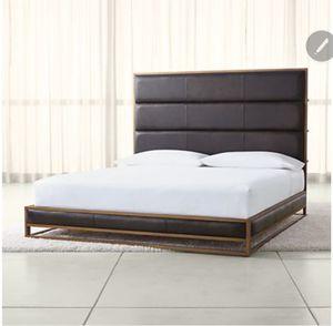 Like New Crate & Barrel Queen Bed for Sale in Winter Garden, FL