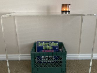 Acrylic Table for Sale in Fresno,  CA