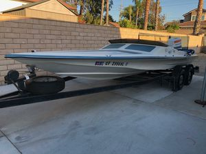 I have my boat runs good Is very fun and Drives Very fas for Sale in Orange, CA