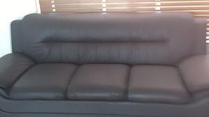 Single sofa for Sale in Miami, FL
