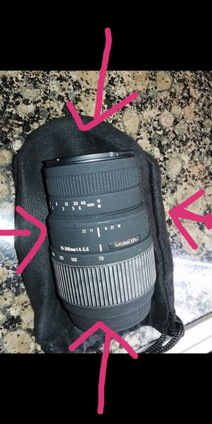 Sigma 70-300mm lens for Sale in Alhambra, CA