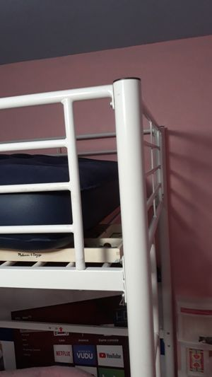 White bunk bed for Sale in Tampa, FL