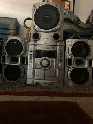 Stereo set /speakers for Sale in Fresno, CA