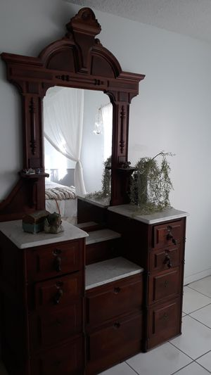Antique Armoir for Sale in Miami, FL