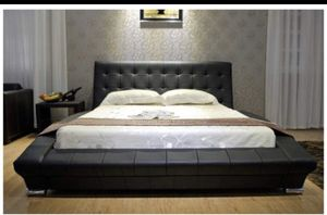 King bed frame for Sale in Cleveland, OH