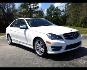 ***PRICE DROP*** 2014 Mercedes-Benz C-Class for Sale in Maple Valley, WA