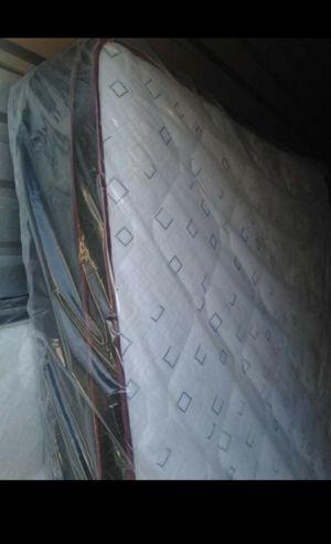 Queen pillowtop set for Sale in Glendale, AZ