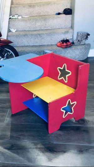 Kids Child Toddler Desk for Sale in Rancho Santa Margarita, CA