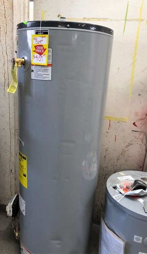 Water heater 40 gallon 9RW for Sale in Houston, TX