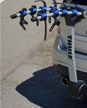 Thule 4 Bike Hitch Rack for Sale in Westmont, IL
