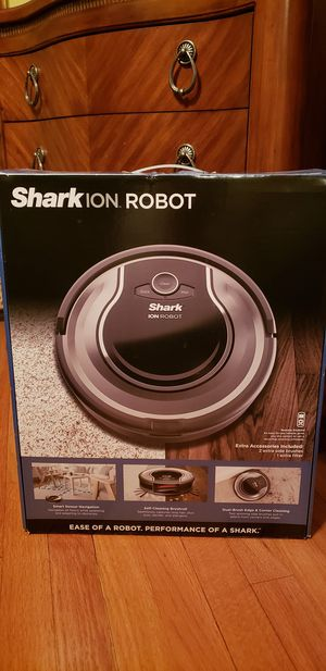 Shark ION Robot Vacuum (Model RV720) Brand new in sealed box! for Sale in Chicago, IL