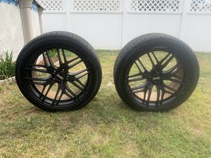 19in staggered rims for Sale in New Haven, CT