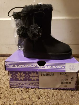 Baby girl boots for Sale in Scranton, PA