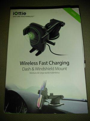 Iotte Wireless Dash and Windshield Mount for Sale in La Vergne, TN