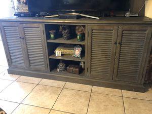Modern Farmhouse Tv console/buffet cabinet in great condition for Sale in Santa Ana, CA