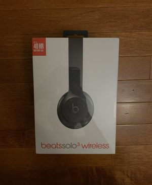 Beats solo 3 wireless headphones for Sale in Gaithersburg, MD