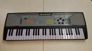Electronic piano for Sale in Las Vegas, NV