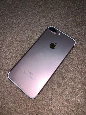 iPhone 7 Plus 32 gb for Sale in Winter Park, FL