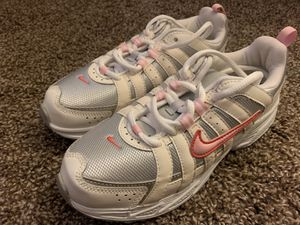 Nike Shoes Size 3Y for Sale in Cypress, CA