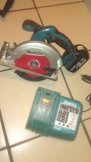 Mikita 18v circular saw kit for Sale in Stockton, CA