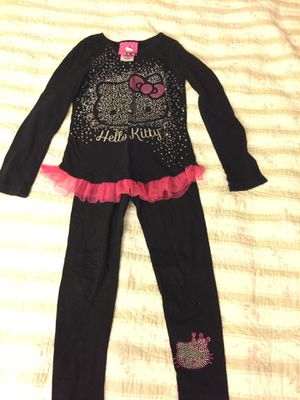 Hello kitty set size 6x for Sale in North Andover, MA