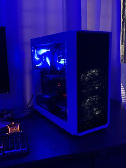 Custom Gaming pC for Sale in Long Beach,  CA