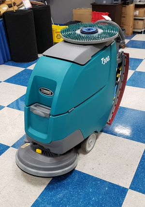 TENNANT T300E WALK-BEHIND FLOOR SCRUBBER -20″ for Sale in Eastlake, OH