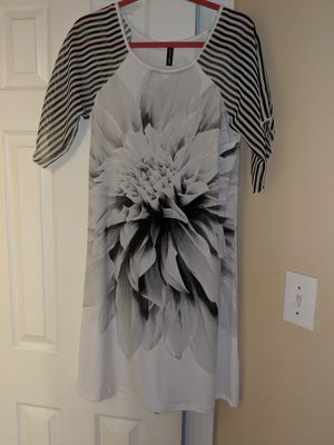 Casa Lee size medium dress black white gray flutter sleeves. Unique design for Sale in Durham, NC