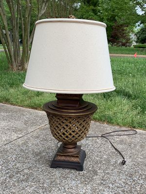 Single Accent Statement Lamp for Sale in Murfreesboro, TN