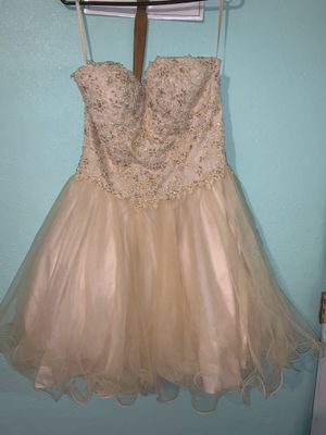 Ruffled Skirt Ruched Waist Champagne Short Prom Dress for Sale in Los Angeles, CA