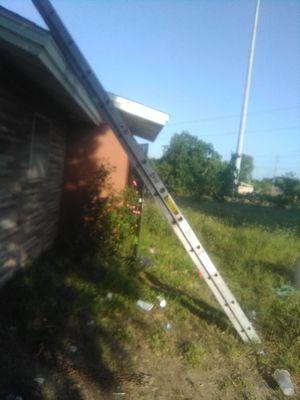 Werner 24ft extension ladder for Sale in Austin, TX