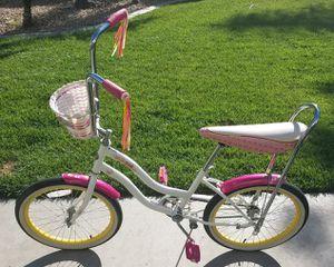 20 inch Schwinn Girls Bike. for Sale in San Marcos, CA