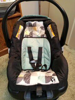 EZ Ride 35 Travel System Car seat plus base for Sale in Greenville, SC