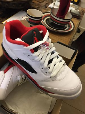 Air Jordan 5 Retro Low Size 7y (New in original Box) for Sale in Kissimmee, FL