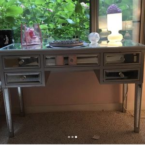 Vanity table or desk or entry table for Sale in Washington, DC