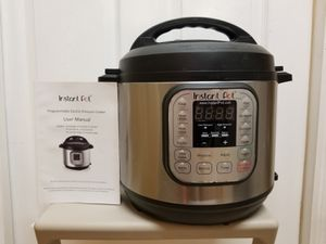 Instant Pot with Extras for Sale in Miami, FL