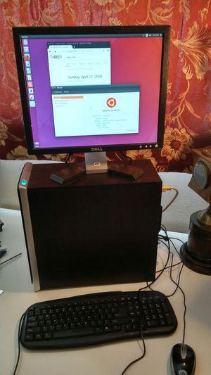 HP Pavillion Computer +Monitor/Keyboard 250gb HDD 3gb RAM for Sale in Las Vegas, NV