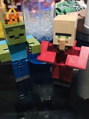 Minecraft figuras $8 por Ambas / Recojer en 12185 sw 26 st Miami Fl 33175 for Sale in Miami, FL