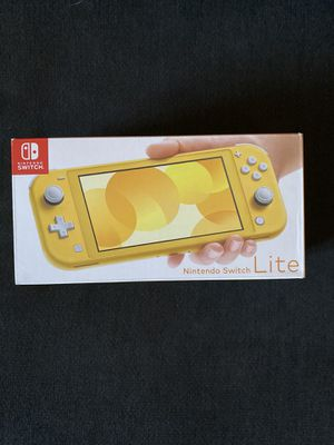 Brand New Yellow Nintendo Switch Lite (Below Retail) for Sale in Cutler Bay, FL