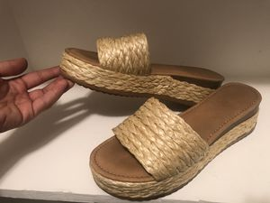 Summer sandals summer cute short heel for Sale in Los Angeles, CA