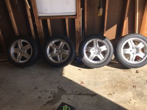 Bmw x5 wheels with snow tires for Sale in Bowie, MD