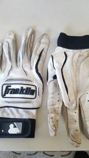Franklin baseball batting gloves sz LG for Sale in Seattle, WA