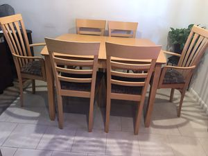 Beautiful Dining Set with extendable Table and 6 Chairs- like new for Sale in San Mateo, CA